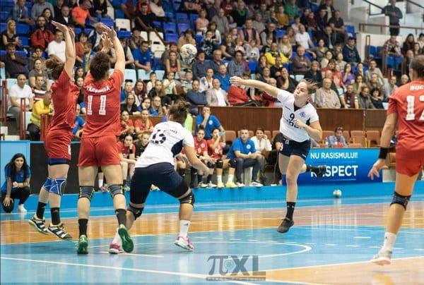 Primul eșec s-a conturat doar pe final în derby: CSM Târgu Mureș – Crișul Chișineu Criș 36-30