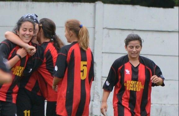 """Au scăpat de """"lanternă"""" la ultimul meci al turului: CS Ineu – Banat Girls 5-2"""