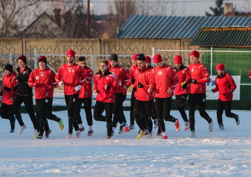 """Crișul – ultimul adversar confirmat în amicalele iernii pentru utiști, cantonament local de zece zile cu """"cartierul general"""" la Hotel Coandi"""