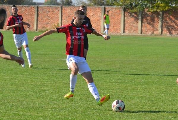 Semi-supriza a prins formă pe final: Unirea Sîntana – Șoimii Șimand 1-1