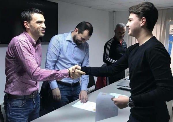Meciurile și arbitrii ultimei etape în Liga 4-a Arad: Darius Leah debutează la numai 17 ani!