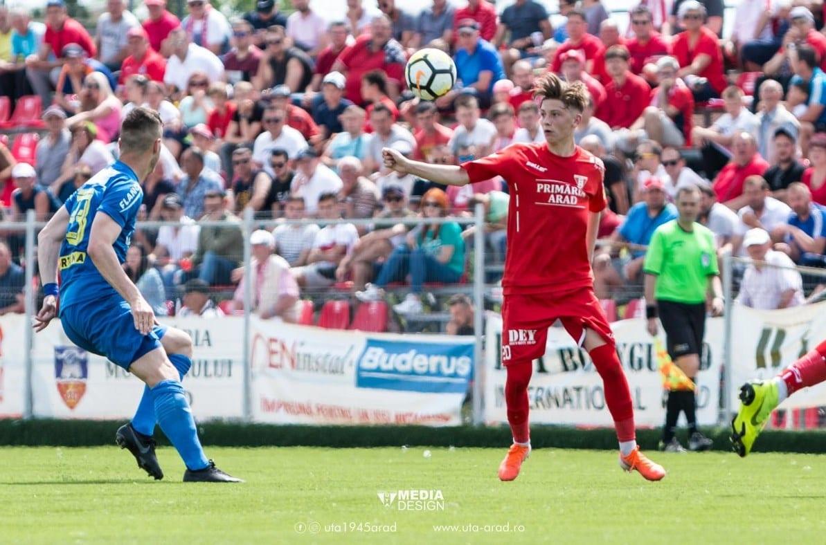 """Alex Oroian a marcat golul etapei și a fost aplaudat la scenă deschisă la primul meci ca titular la UTA: """"Sper să-mi câștig locul de titular la anul"""""""