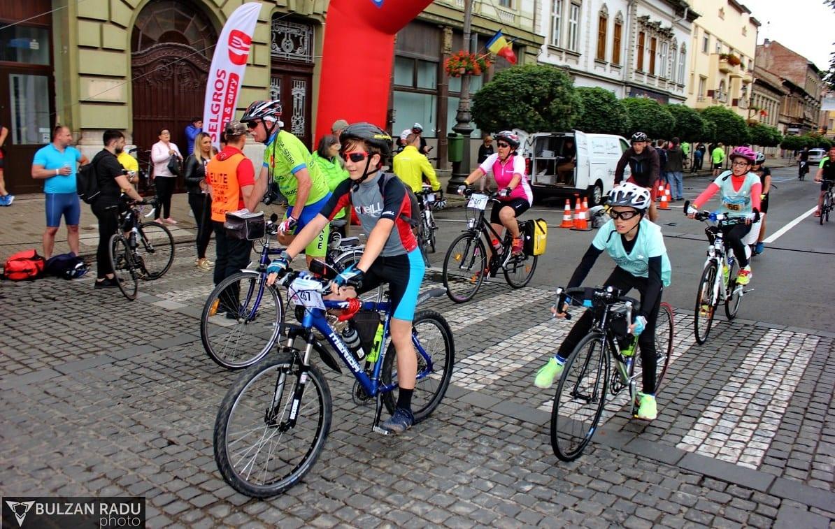Maghiarii au dominat probele de alergare de la Supermaratonul Békéscsaba – Arad – Békéscsaba, românii s-au mai revanșat la ciclism și patine cu rotile