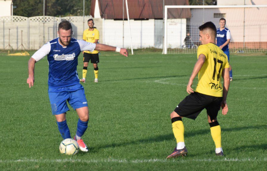 Live-text Liga 3-a, ora 14: Șoimii Lipova – ACS Poli  4-0 și LPS Cetate Deva – Crișul Chișineu Criș 0-0, finale