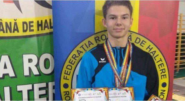 Fiul, pe urmele tatălui: Daniel Jigău – triplu medaliat naţional la seniori!