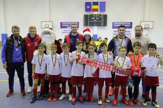 Bogdan Burlă debutează ca antrenor la UTA 2009 cu două medalii Cupa de Crăciun Atletico!