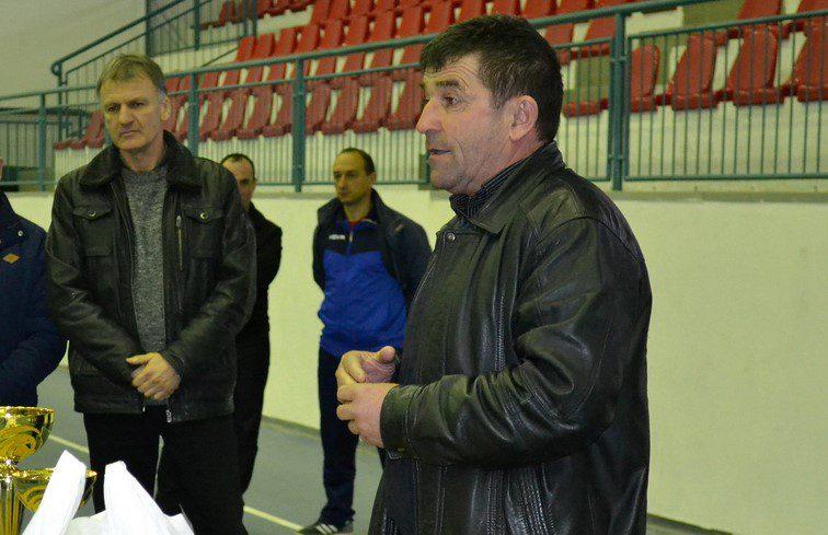 Omagiu pentru Adi Lucaci în deschiderea discuțiilor dintre FRF și AJF-uri ce ar putea avea o concluzie mâine: Baraje în trei pentru promovarea în Liga 3-a?