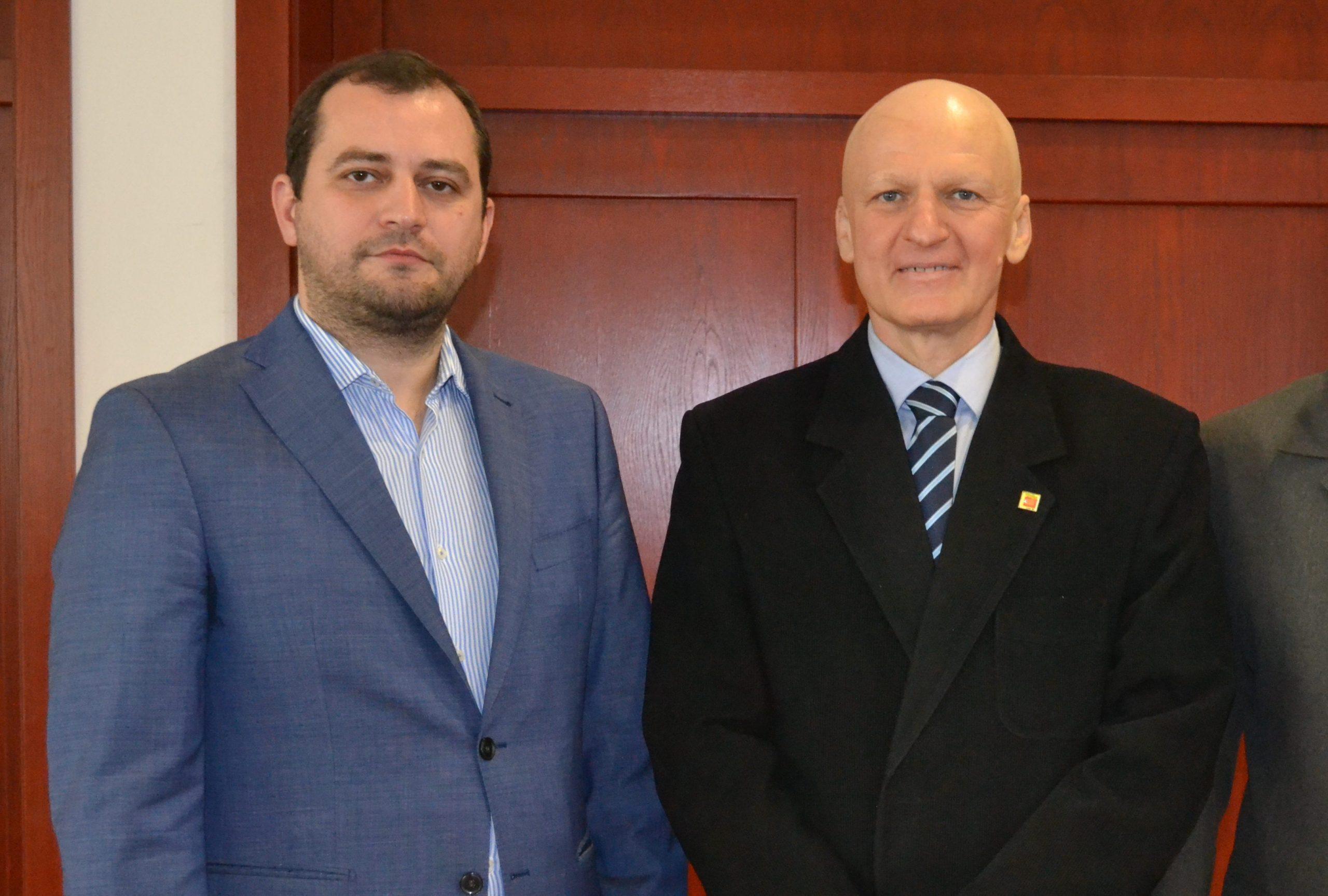 """Răzvan Cadar îi va urma lui Adrian Lucaci la șefia AJF Arad, șeful arbitrilor e singurul candidat pentru alegerie de pe 31 iulie: """"Să continuăm dezvoltarea fotbalului județean!"""""""