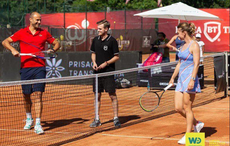 Copil – învins de Halep la Cluj! Fosta campioană de la  Roland Garros si Wimbledon a făcut pereche cu Tecău, arădeanul a jucat cu Ruse