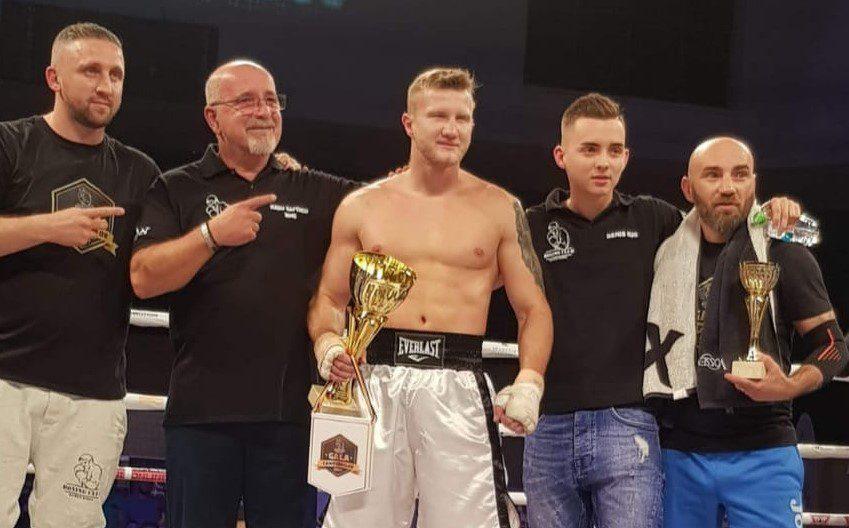 """Edi Gafencu și-a încheiat relația profesională cu Ruben Stoia și va colabora cu Pantera Boxing Academy: """"Cele mai bune condiții de antrenament din țară!"""""""