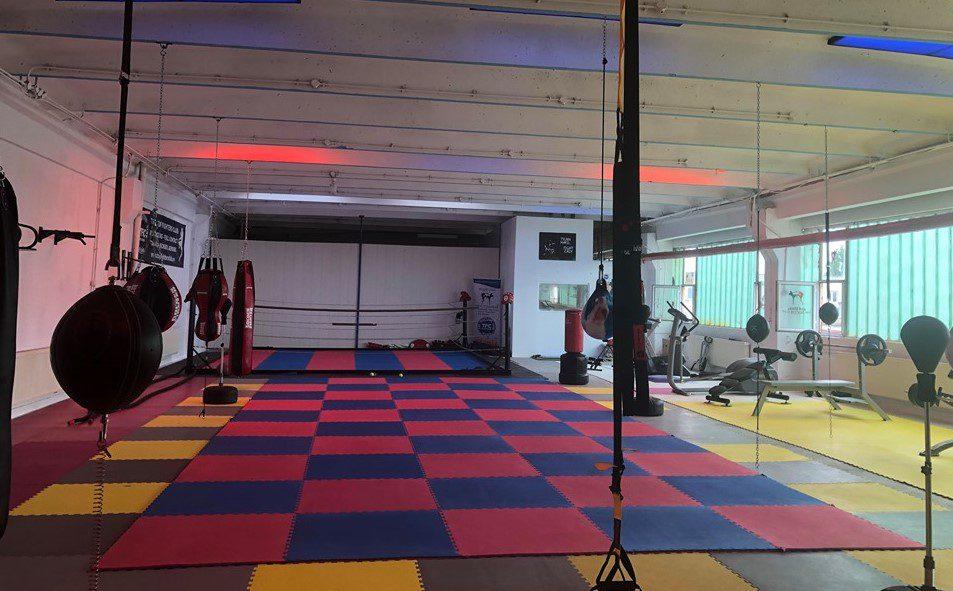 Top Fighters Club Arad și-a inaugurat noua sală de sport, dotată și cu ring de box