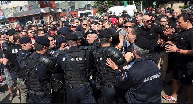 Vești proaste pentru fanii care ar fi dorit să vină la stadion la ora jocului dintre UTA și Voluntari: Jandarmeria e cu ochii pe ei, cu legea în mână!
