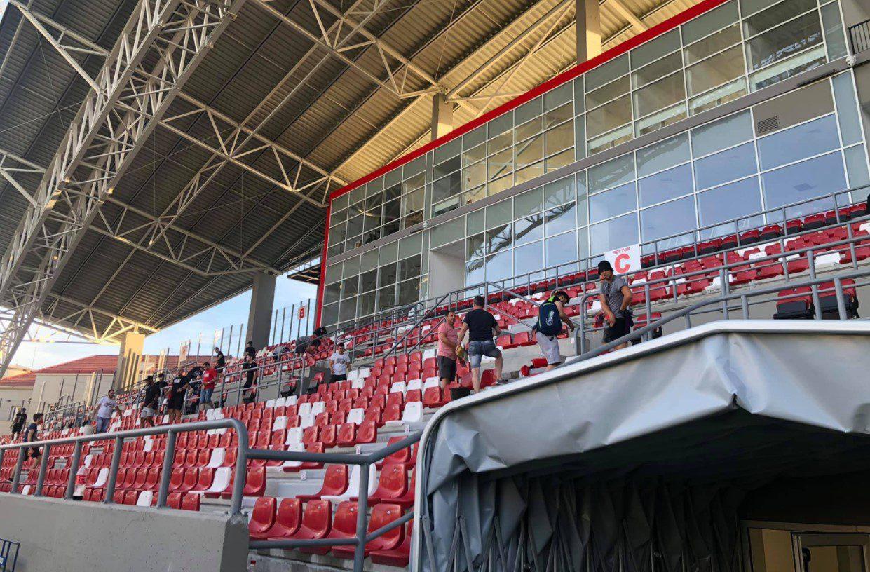 """Primăria dă vina pe """"oficialii"""" UTA-ei și, indirect, pe suporteri pentru infiltrațiile de la demisolul arenei Francisc Neuman:  """"Sfaturile constructorului au fost ignorate"""""""