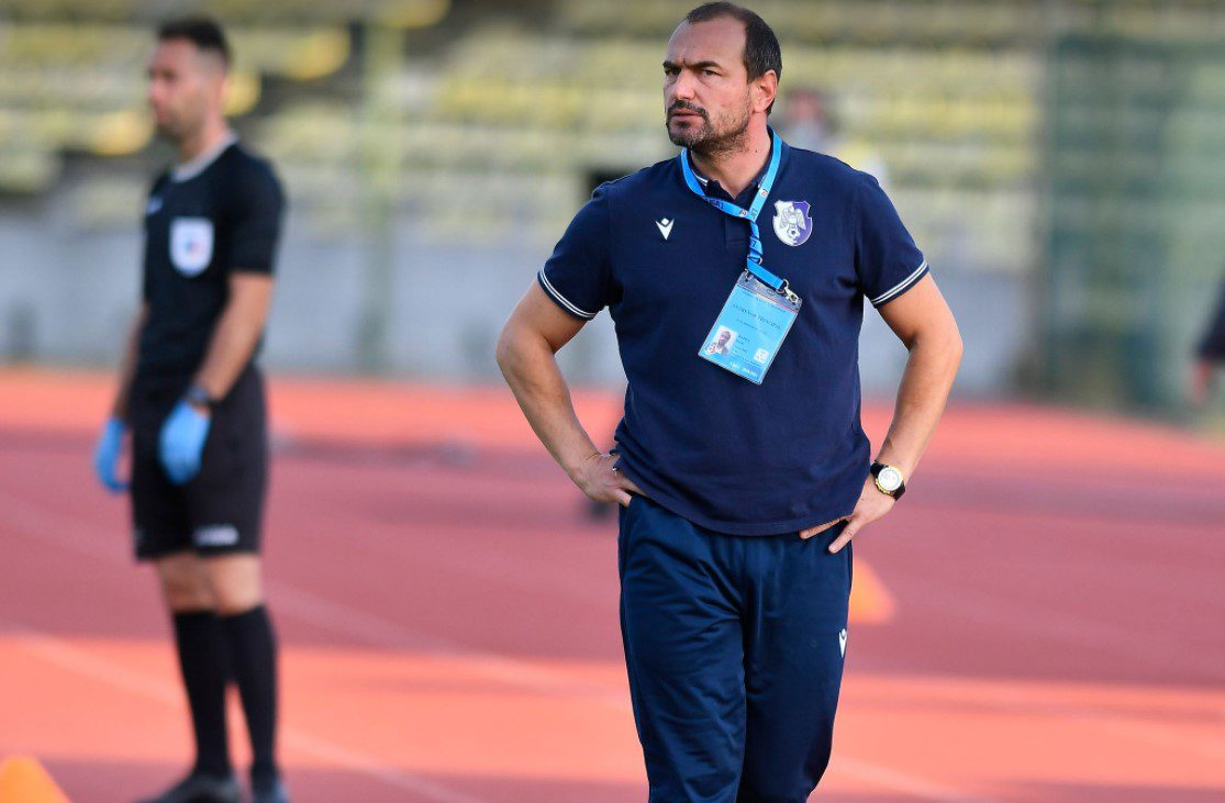 """Badea a fost demis după ce a strâns un singur punct din 18 posibile pe banca lui FC Argeș: Moșteanu îi antrenează de mâine pe """"alb-violeți"""""""