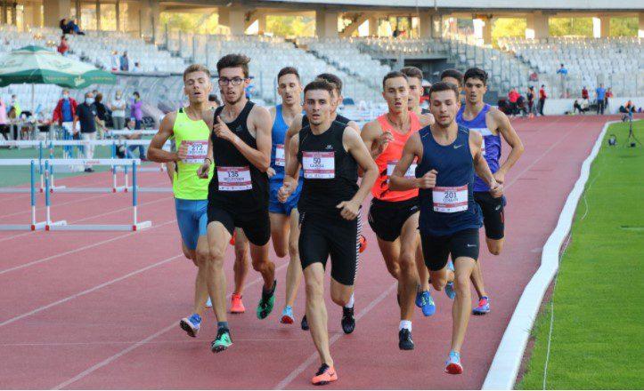 Coman şi Both reprezintă Aradul la Campionatele Balcanice de Atletism