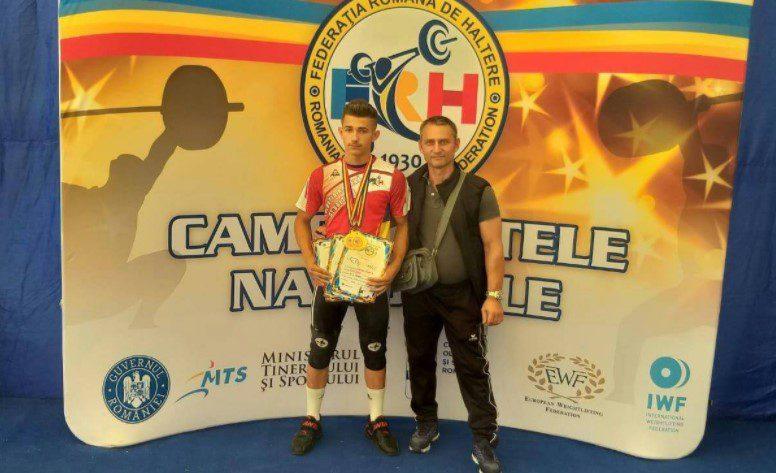 Halterofilii CSM-ului, bilanţ excelent la Arad: Krupla şi Gărgar – triplu campioni naţionali (FOTO)