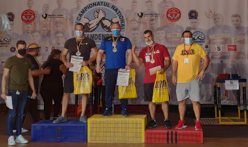 "Robin Bretean – aur și argint la ""naționalele"" de Skandenberg Arm Wrestling! Sportivul Lipovei va reprezenta România la "" mondiale"" și europene"""