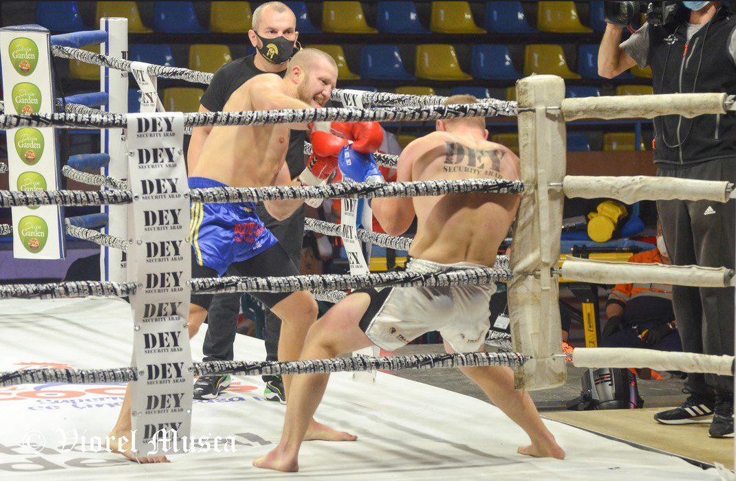 """Trei arădeni, învingători la gala """"Dey Grand Prix Colosseum""""! Gafencu a câștigat al 13-lea meci la profesioniști dar și…o parteneră de viață! + FOTO"""