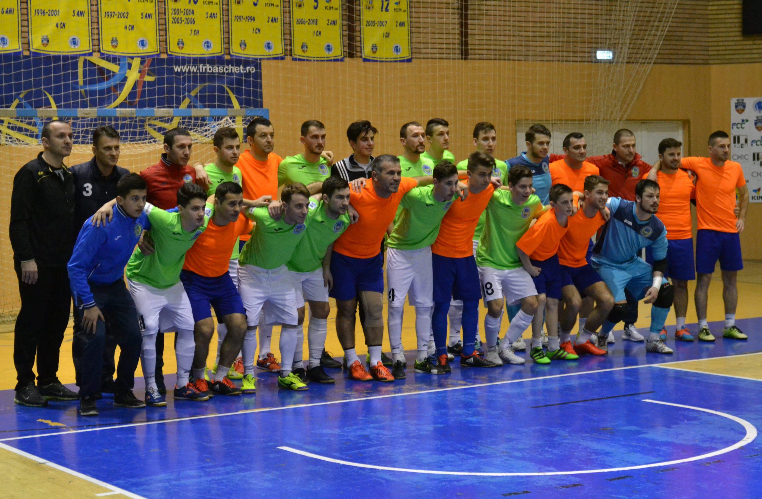 Noua echipă a Șimandului își începe treaba în eșalonul secund de futsal: Mărcuș și Buruiană contează pe nu mai puțin de 27 de jucători!