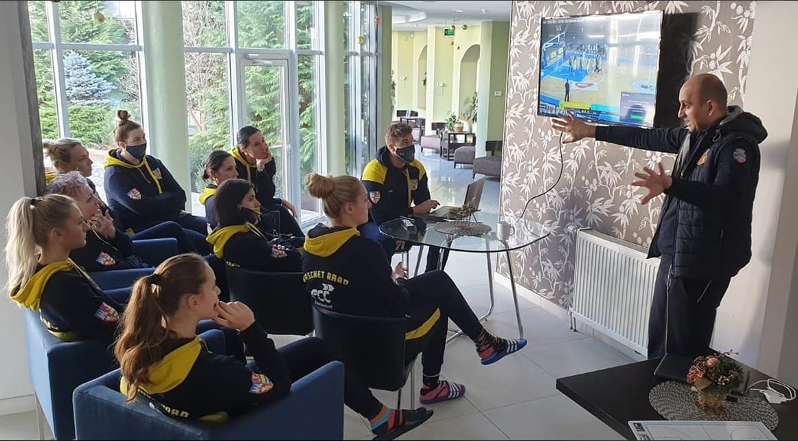 Încă 4 ore până la duelul cu campioana Sepsi pentru fetele de la FCC Baschet Arad: Mâine, șansele de victorie sunt mai mari cu gazdele de la Târgu Secuiesc!