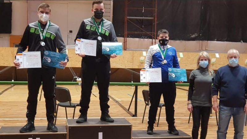 Luca Joldea, din record în record: Pistolarul arădean face furori în ţară şi trage la nivel de Europene!
