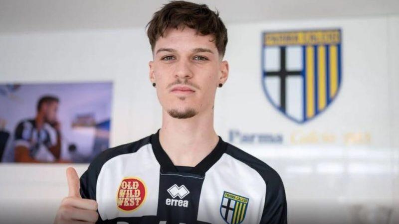 UTA și FCSB, în litigiu pentru 150 de mii de euro din procentul cuvenit pentru transferul lui Man la Parma?
