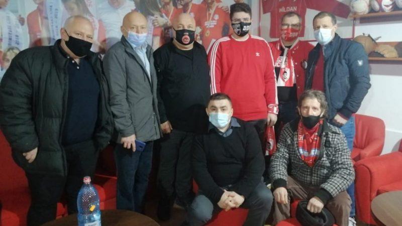 """Piroș face apel la suporterii arădeni ai lui Dinamo: """"Să ne mobilizăm pentru a salva clubul!"""""""