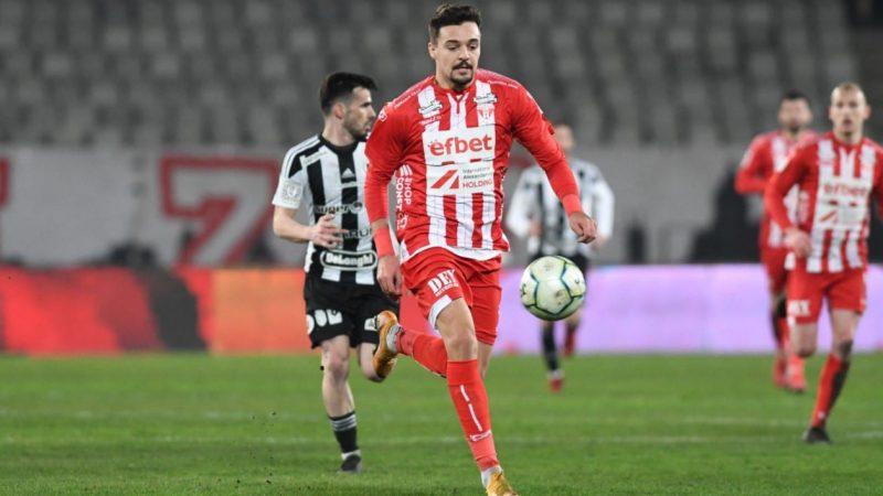 """Petre s-a întors cu gol la UTA: """"Nu mă încălzește cu nimic pentru că echipa a pierdut! Le cerem scuze fanilor, dar trebuie să creadă în continuare în noi"""""""