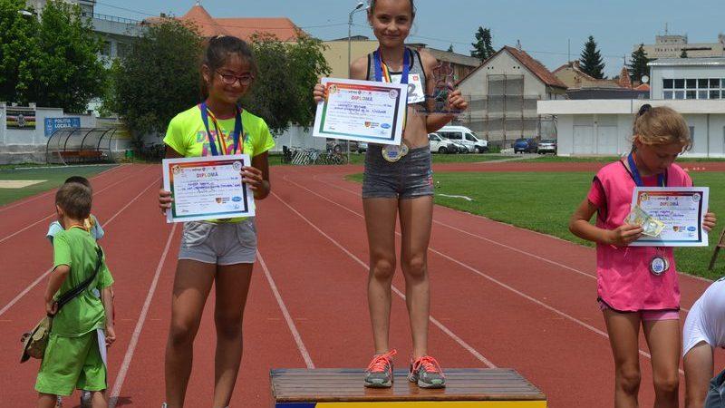 Medaliile la Campionatul Naţional de aruncări lungi se împart, în weekend, la Arad