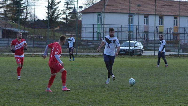 Alex Manea a devenit antrenor-jucător la CS Beliu, Gherghel, Crișan și un mijlocaș algerian – noutățile din lotul fostului utist