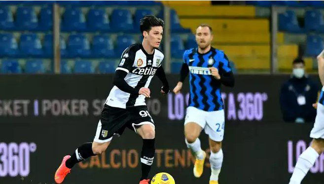 Năucit de Bastoni, Man a trebuit schimbat la pauza meciului dintre Parma și Inter, primul pentru atacantul arădean ca titular în Serie A!