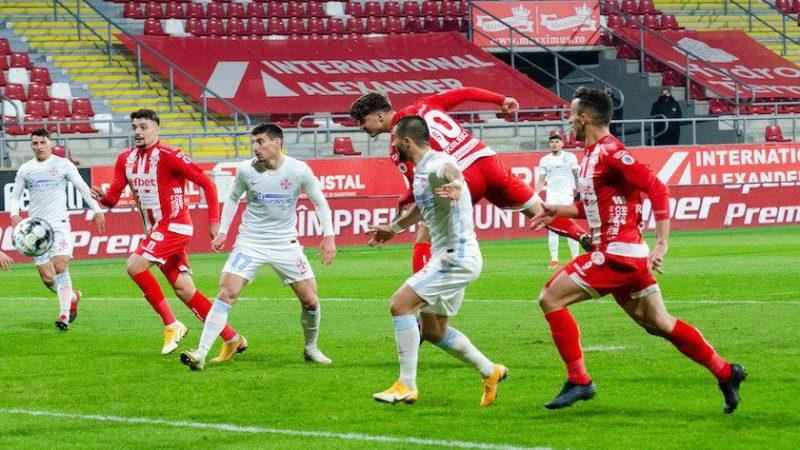 """Miculescu putea fi eroul UTA-ei cu FCSB: """"Nu am avut norocul să sară mingea la noi sau în poartă, ce să mai facem, să mergem la biserică?"""""""
