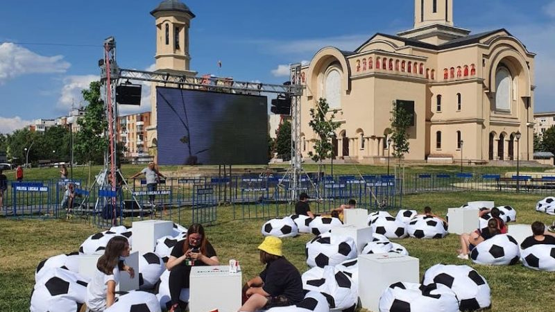 Arădenii sunt invitați în aer liber pentru a viziona meciurile de la Euro 2020!