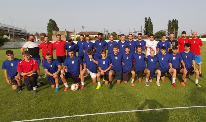 """""""Vameșii"""" își numără atent pașii spre (re)debutul în Liga 3-a: Frontiera Curtici – Unirea Sântana 2-1"""