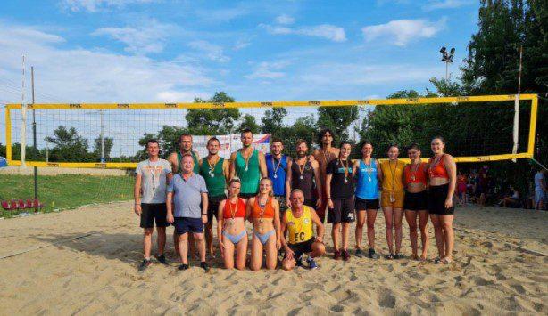 După trei zile de beach-volley spectacol, Cupa Sportsin şi-a desemnat câştigătorii