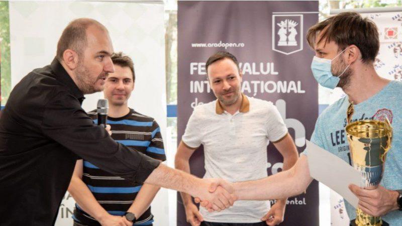 """Timișoreanul Lucian Miron a câștigat """"Arad Open"""", Cristi Oltean – cel mai bine clasat șahist arădean!"""