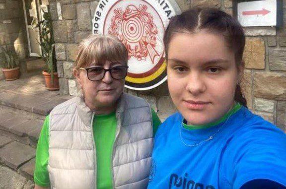 Pistolara Iulia Bagi – campioană în premieră la senioare, talerista Briana Vărcuş a luat bronzul la tineret!