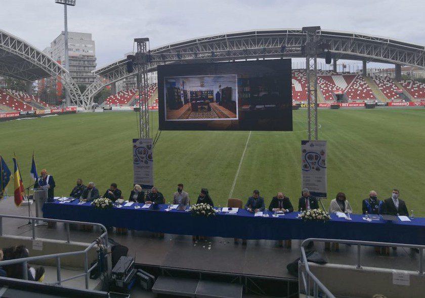 """Deschidere festivă a anului academic 2021-2022 Universitatea de Vest """"Vasile Goldiş"""" din Arad a intrat în al 32-lea an de existenţă"""