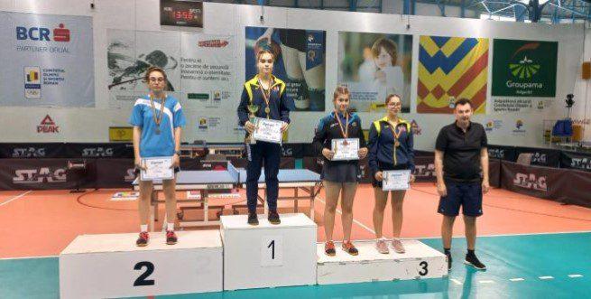 """Alesia Sferlea face """"dubla"""" la Top 16: medalie şi la junioare I şi set luat campioanei europene Elena Zaharia!"""