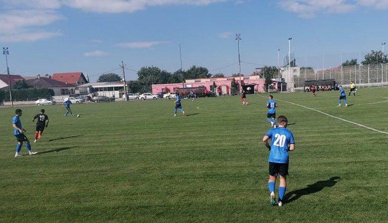 Mai clar decât o arată scorul: CS Glogovăț 2013 – Unirea Sântana 2-1