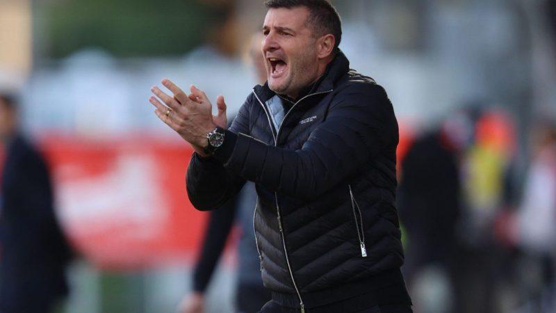 """UTA o bate pe Craiova și se întoarce în zona play-off! Balint: """"Indiferent cum luăm acest joc, cred că victoria e meritată"""""""