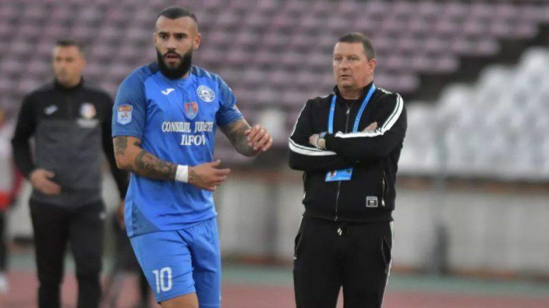 """Chirilă e convins că Academica a jucat mai bine decât UTA și la 0-3! """"Nu am fost cu nimic sub ei, dacă scoatem cele trei greșeli…"""" Vine Pancu la Clinceni?"""