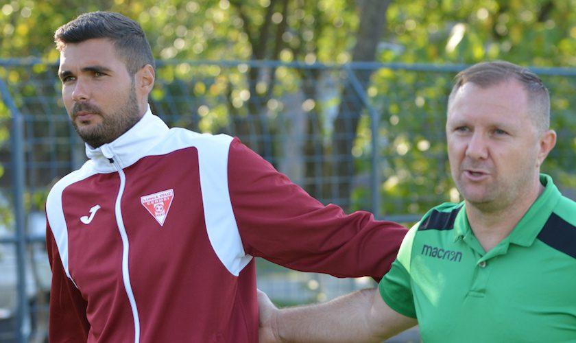 """Dumbrăvița i-a readus cu picioarele pe pământ pe cermeiani! Moisă: """"Nu s-a legat nimic"""" v.s. Stan: """"Un meci foarte bun în fața unei surprize a campionatului""""+FOTO"""