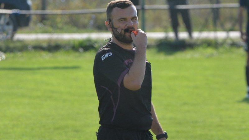 """Liga a IV-a Arad, etapa a 10-a: Nicoraș arbitrează duelul de play-off de la Ineu, Iova conduce """"duelul"""" formațiilor din Podgorie!"""