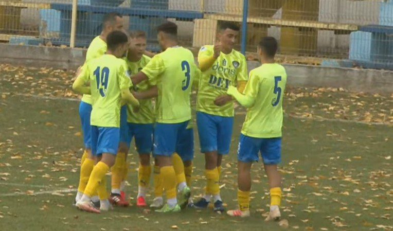 Liga III-a (seria a 8-a), etapa a 9-a: Pecica se apropie de zona play-off după al doilea succes stagional, Crișul îi face marcaj strict Ghirodei!