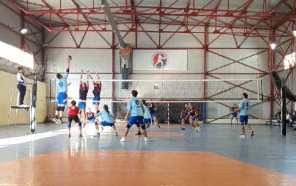 Bilanț pozitiv pentru ProVolei Arad la debutul seniorilor din A2, înfrângeri scontate pentru fete!