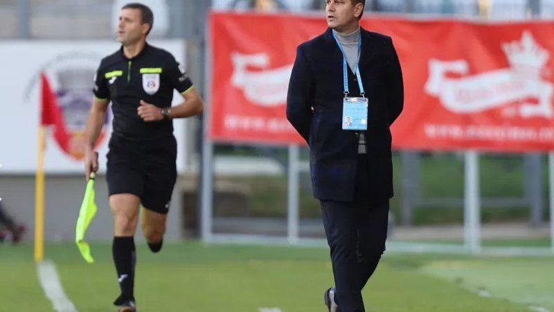 """Stoican nu crede că echipa sa merita să piardă la Arad: """"Trebuia să fie egal, UTA – o echipă bine pregătită, ce-și merită locul în clasament"""""""